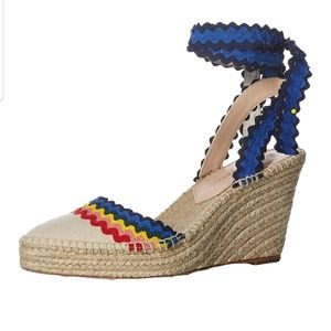 Loeffler Randall Shoes - Sz 8 Loeffler Randall Rainbow Espadrille Sandal